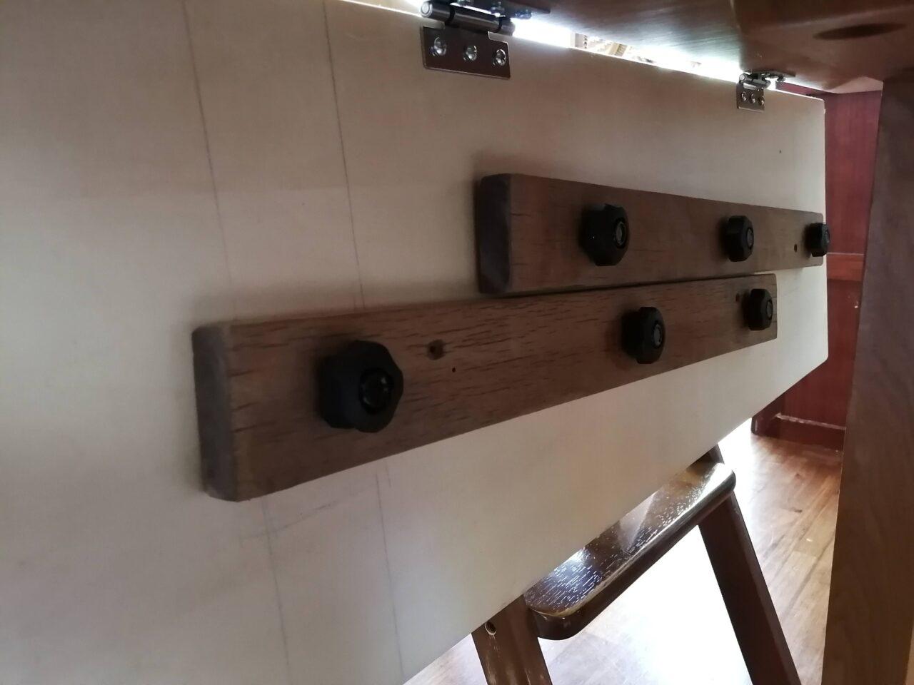 下支え板の収納
